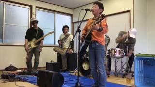 中島復活祭 姫ヶ浜ビーチにて バンド演奏 「500マイル」