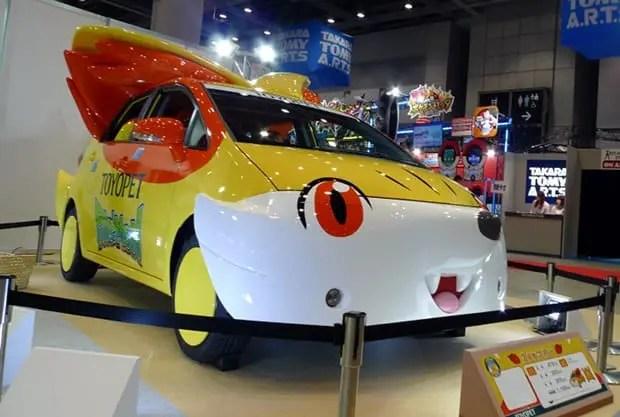 toyopet-pokemon-fennekin-car-tokyo-toy-show-2014-1