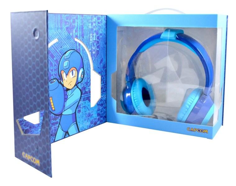 official-mega-man-headphones-2