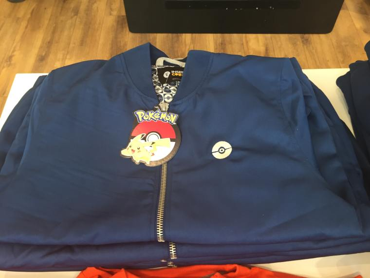 kanto-insert-coin-bomber-jacket