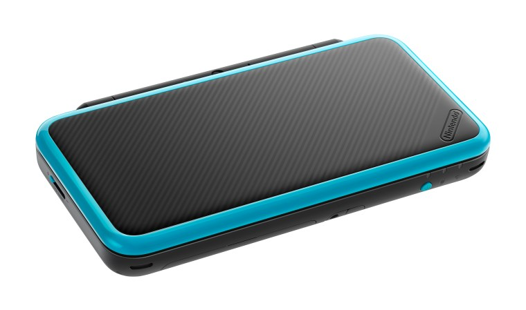 new-nintendo-2ds-xl-black-turquoise-product-shot-6