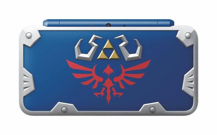 New Nintendo 2DS XL Hylian Shield Edition Photo 3