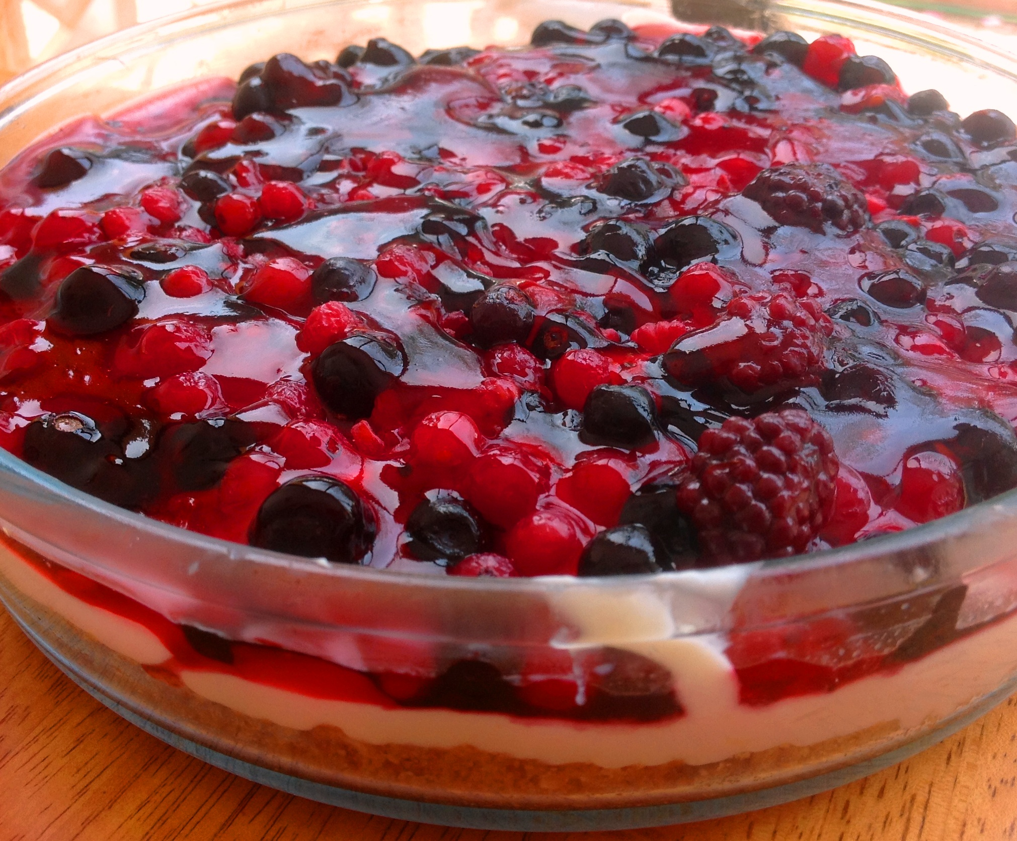 how to make cheesecake topping with frozen fruit