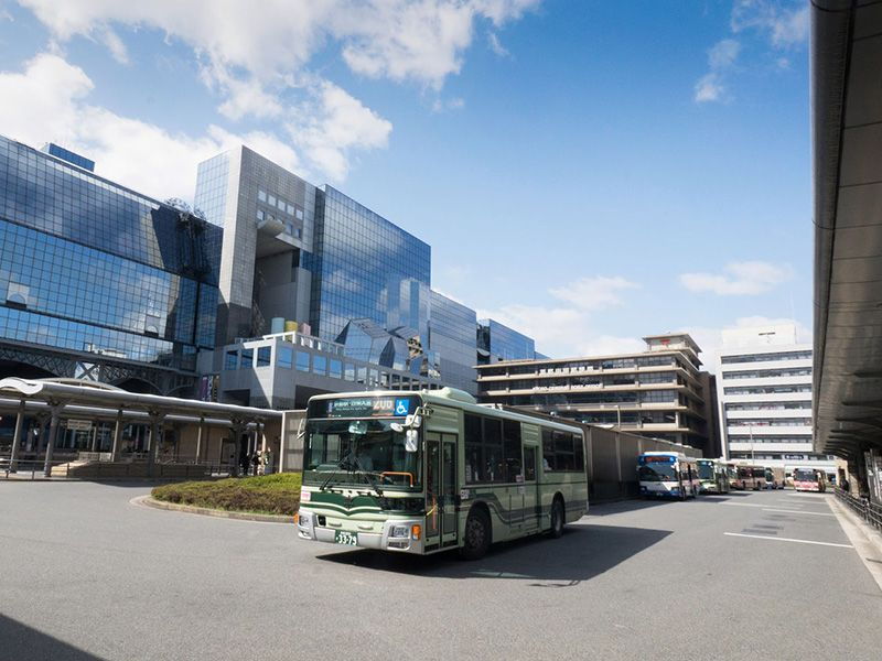 暢游京都,交通工具指南:巴士和租賃自行車篇   Nippon.com