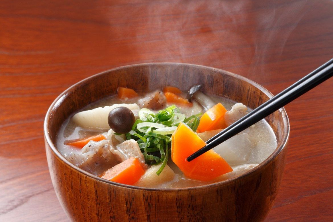 Tonjiru is a tasty and nutritious miso-flavored soup made with pork and root vegetables. ©Pixta