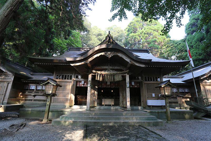 神社遊!解讀神社空間⑦拜殿⑧玉垣⑨本殿   Nippon.com