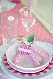 Outdoor tablescape: sweet English rose with a youthful update