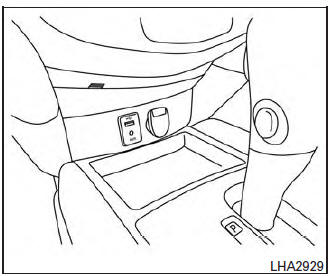 Nissan Rogue Owners Manual: USB (Universal Serial Bus