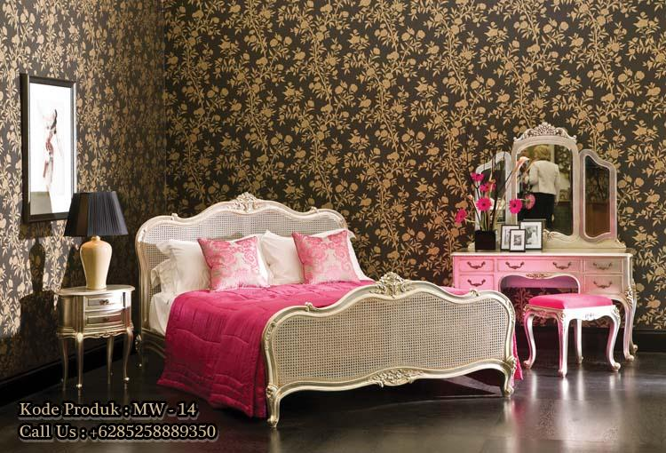 Tempat Tidur Vintage Modern