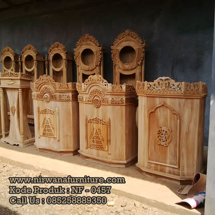 Podium Kayu Jati Ukiran Jepara Ready Stock