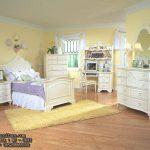 set tempat tidur anak perempuan model klasik
