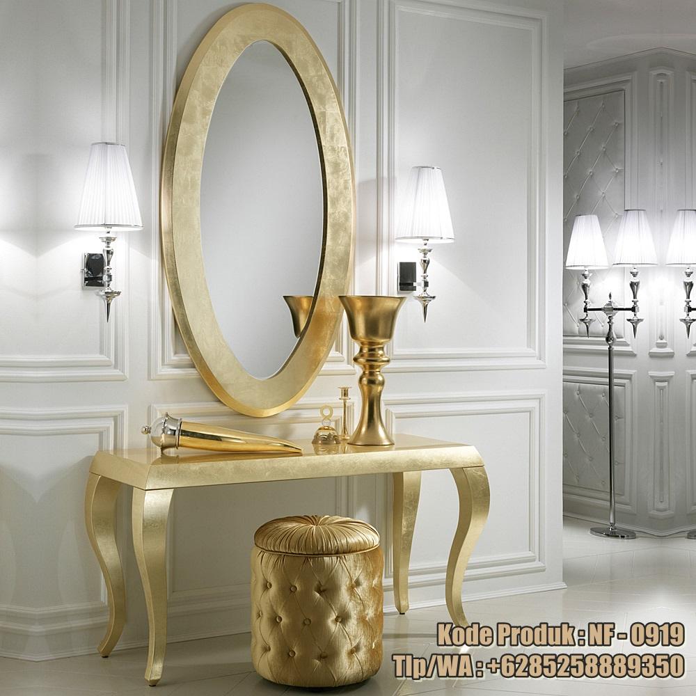 meja-rias-model-klasik-ukiran-warna-emas