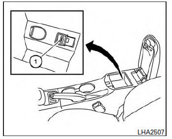 Nissan Sentra Owners Manual: iPod®* player operation