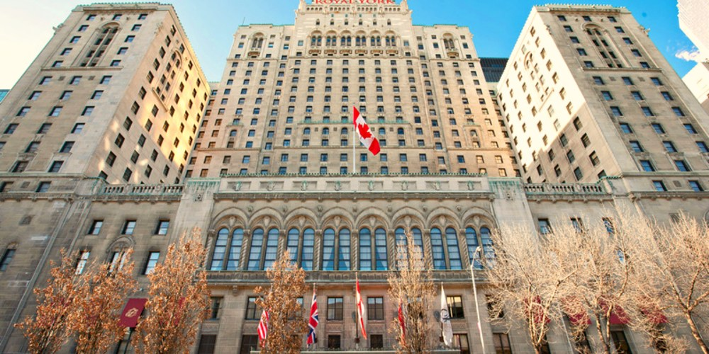 where to say in toronto, luxury hotels in downtown toronto, TWO NIGHTS AT FAIRMONT ROYAL OAK IN TORONTO, nishi v, toronto vlog, www.nishiv.com