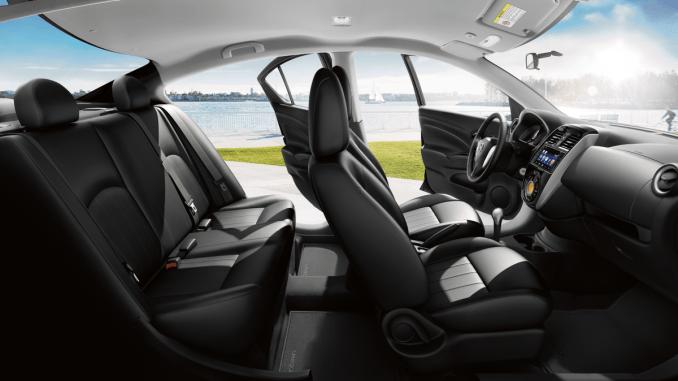 Interior novo Nissan Versa 2019