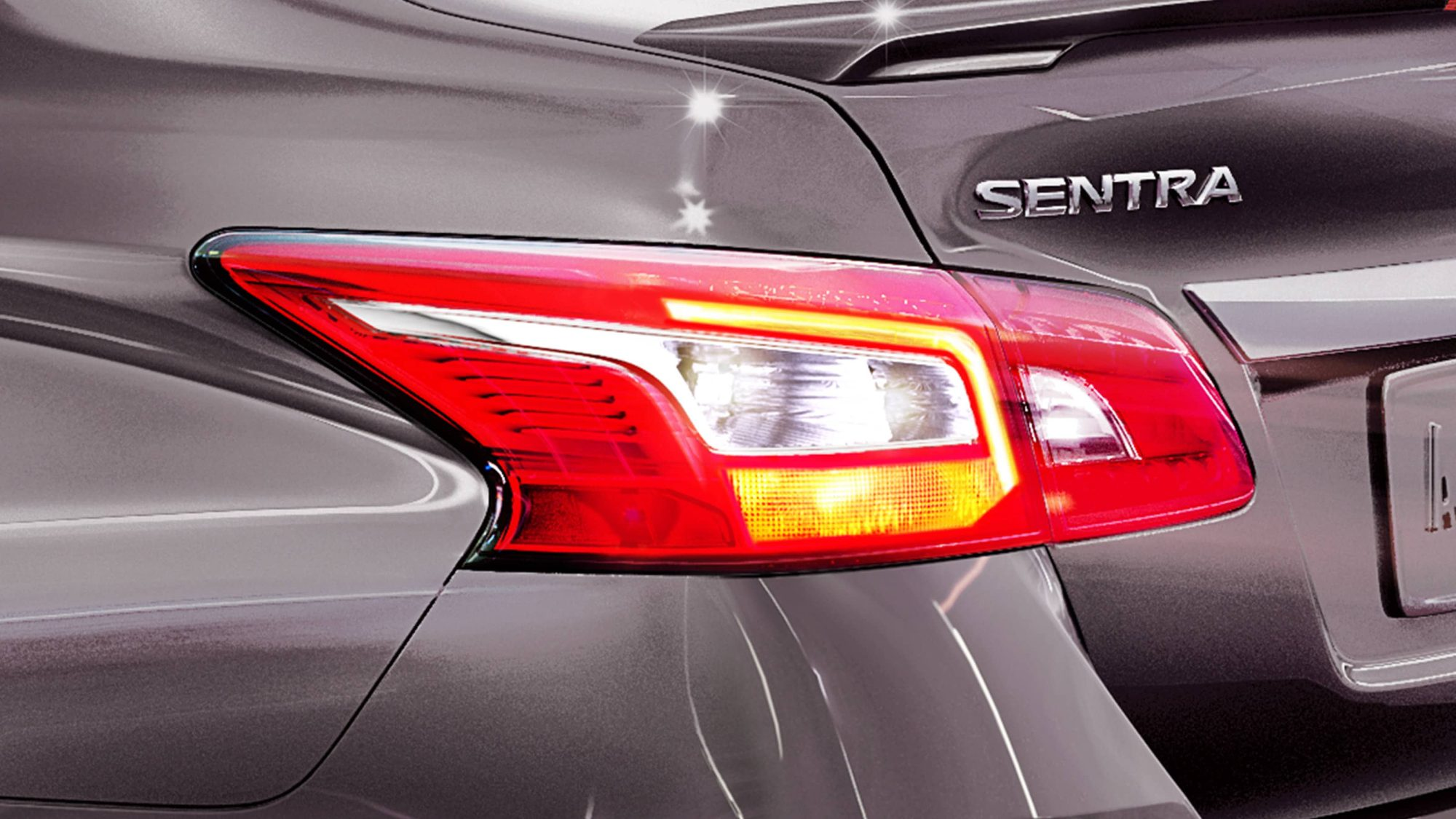 hight resolution of nissan sentra taillights