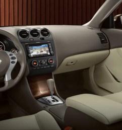 2011 nissan altima sedan interior [ 1200 x 675 Pixel ]