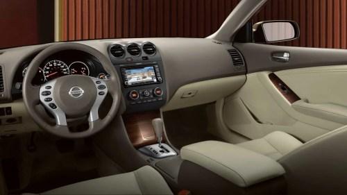 small resolution of 2011 nissan altima sedan interior