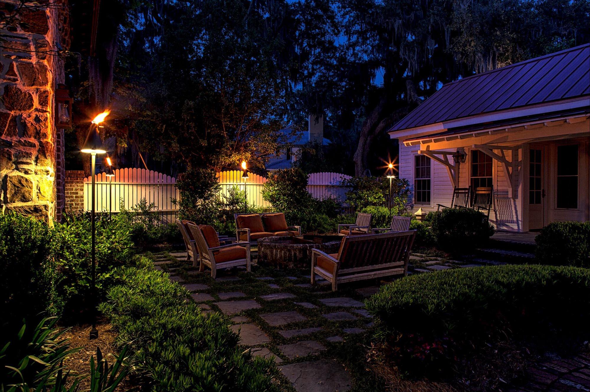 charleston sc outdoor lighting