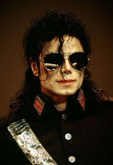 https://i0.wp.com/www.nitrolicious.com/blog/wp-content/uploads/2009/06/michael-jackson-1992.jpg
