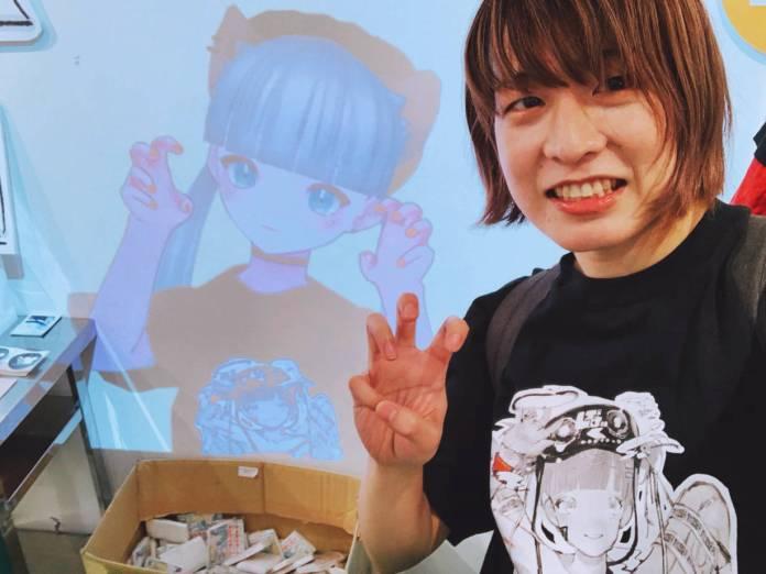 Kikiyu posing with Nakaji / Ririka-chan (@nkjzm) at VIRTUAL REALI-T vol2