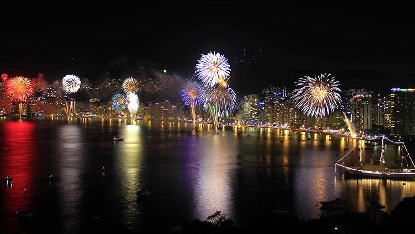 Resultado de imagen para año nuevo en mazatlan