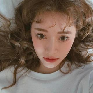 雪精靈下凡 白子模特兒 | 精靈,白子,雪白,模特兒,白化癥 | 美人計 | 妞新聞 niusnews