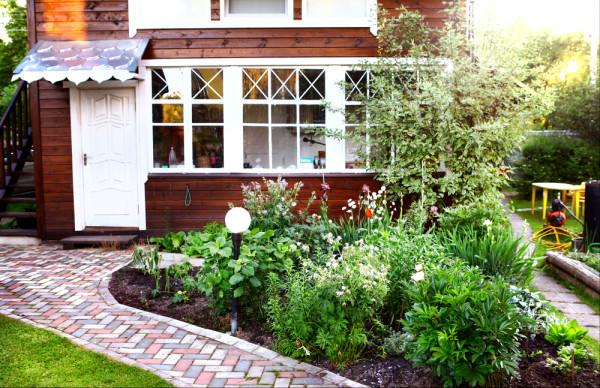 English Garden Herbs
