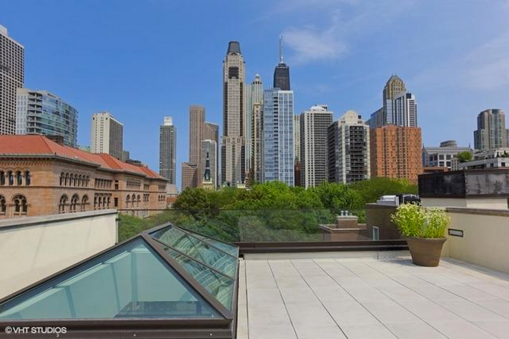 Historic Chicago Home for Sale View