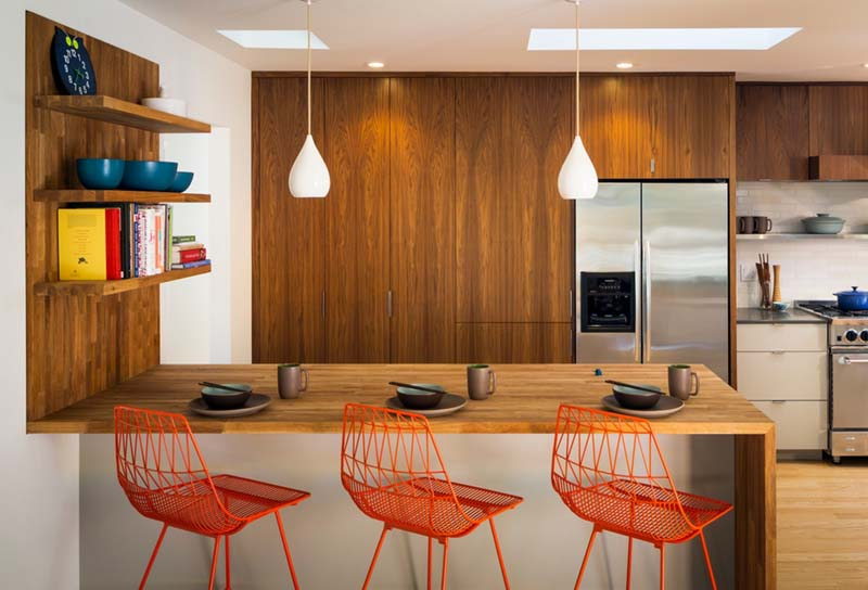 contemporary-kitchen-with-breakfast-bar-i_g-IStc1m91waeuqr0000000000-J9_UG sm