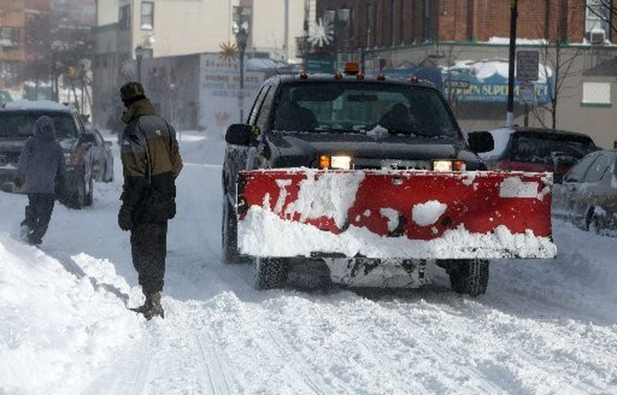 hight resolution of snow plow contractors cash in on blizzard