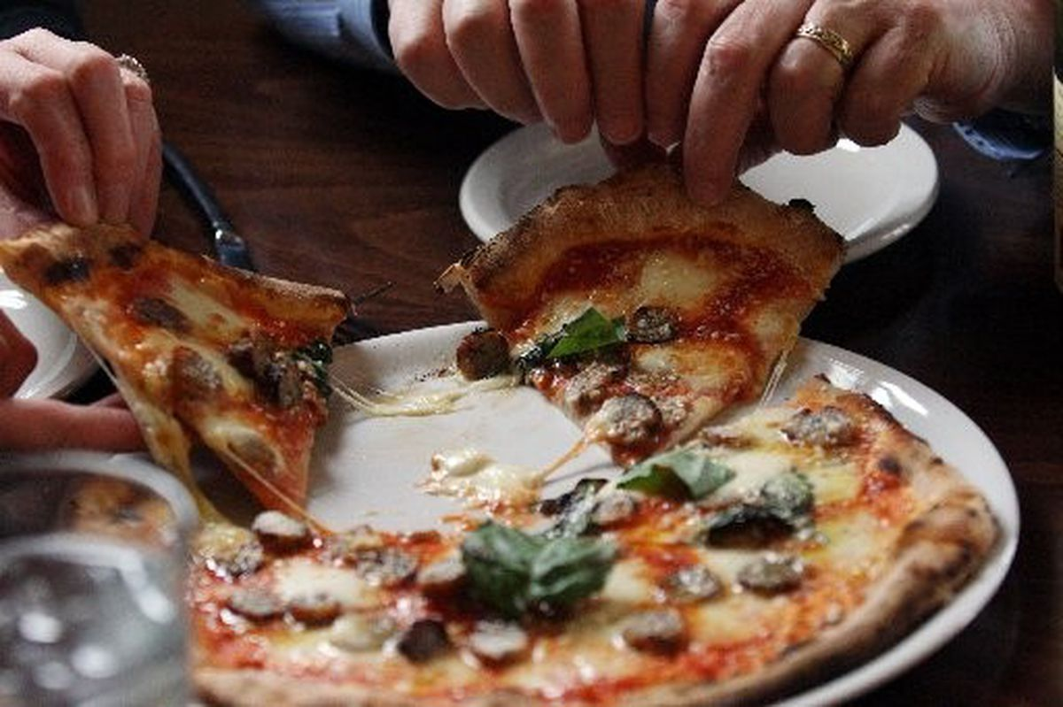 With its quality ingredients AhPizz in Montclair pleases