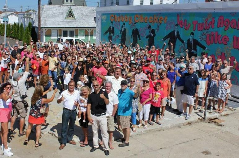 The crowd at Monday's mural unveiling.