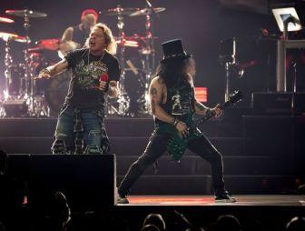 Guns N' Roses, Newark