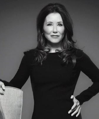 Mary McDonnell in 'Gloria'