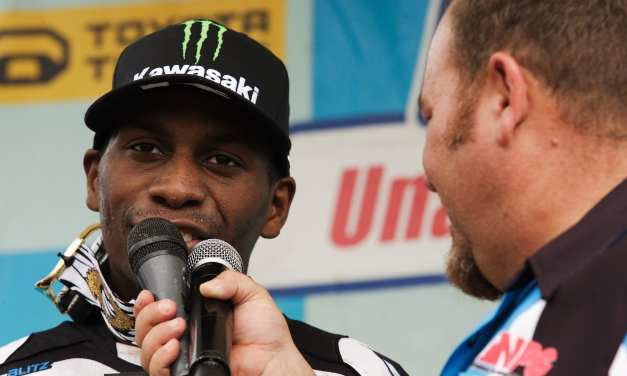 Faces at the Races – James Stewart 2008