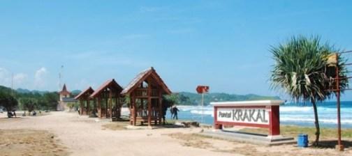 Wisata di Pantai Krakal