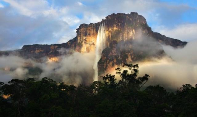 ベネズエラ Angel Falls エンジェルフォール