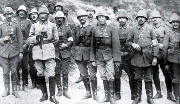 Çanakkale Savaşı esnasında Mustafa Kemal