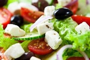 Beyaz Peynirli Salata Tarifi