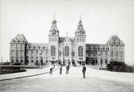 Photo published by Andries Jager (1825-1905) Amsterdam, Rijksmuseum, date unknown.