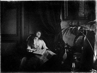 Anonymous photographer and sleeping beauty, The Netherlands, late 19th century.