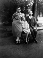 Anonymous photographer, unknown family situation, the Netherlands, early 20th century.