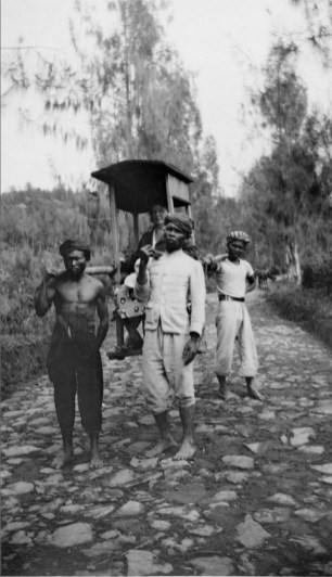 Anonymous photographer, East Indies (Indonesia) colonised by the Netherlands, early 20th century.