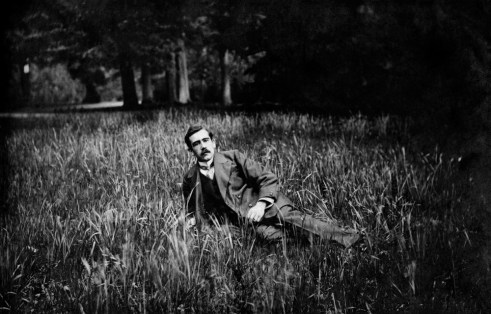 Anonymous photographer and model. Unknown country, early 20th century.