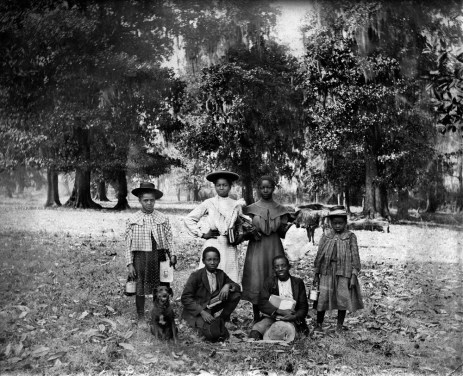 School children in Natchitoches, Louisiana, USA, in the early 1910s. Photo by Dutch photographer P. H. van Son who lived and worked in Louisiana at the time.