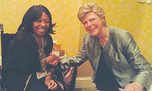 Cokie Roberts and former NLAPW National President Dr. Bernice Reid at the 2016 Biennial.