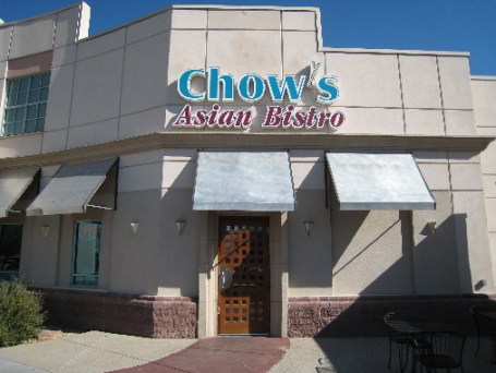 Chow's Asian Bistro at the Cottonwood Mall