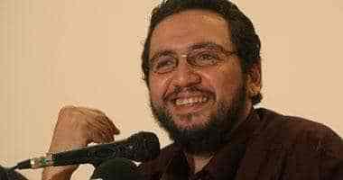 وفاة والدة زوجة بلال فضل الكاتب والسيناريست المصري