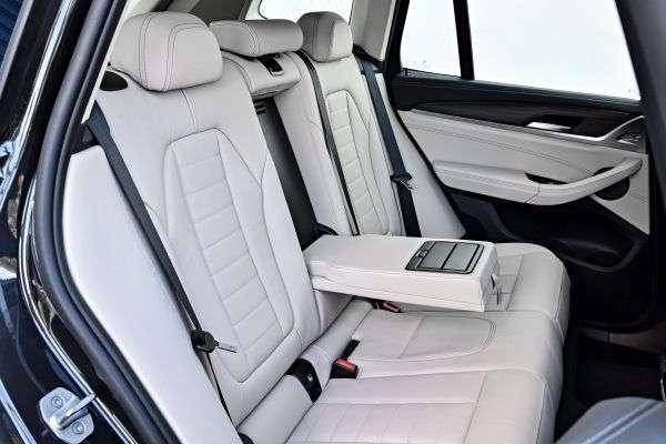 سعر ومواصفات BMW X3 xDrive30i X-Line 2019